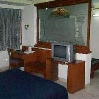 Luxury Suite (Double Occupancy)