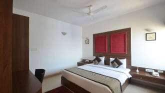Deluxe Twin Room ( With Twin Bed )