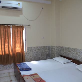 Deluxe Tripple Bedded Room (AC)