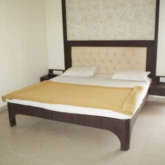Double Bed Deluxe A/C