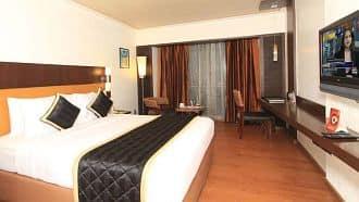 Room Decoration Using Ribbons