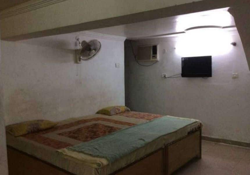 Bajrang Guest House, Yatra Bus stand, Bajrang Guest House