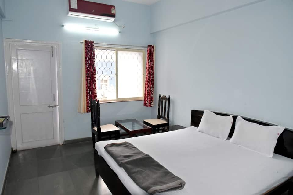 Hotel New Great Punjab, Near Railway Station, Hotel New Great Punjab