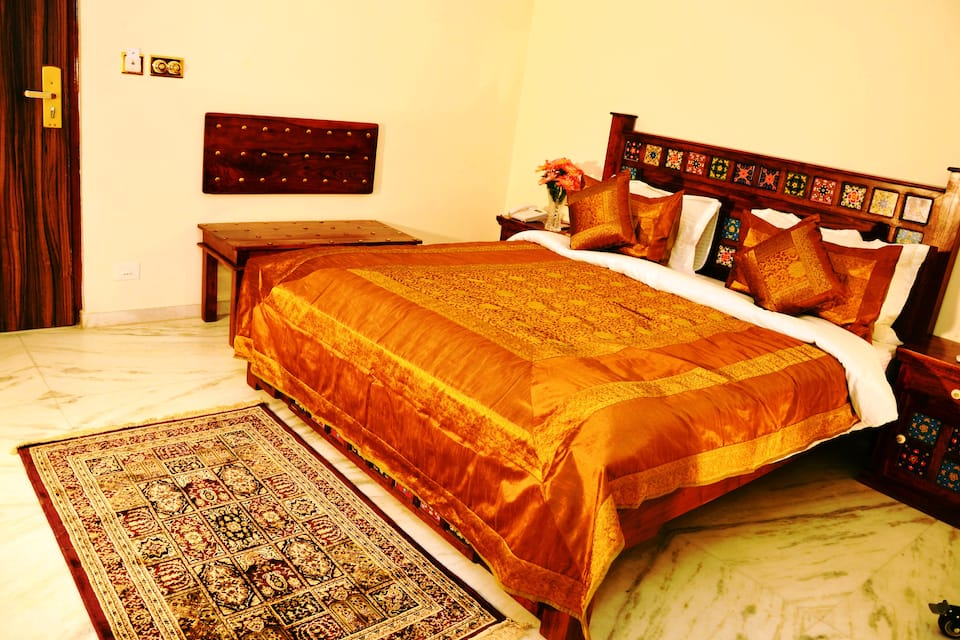 Crimson Park - The Heritage Jalmahal, Amer Road, Crimson Park - The Heritage Jalmahal