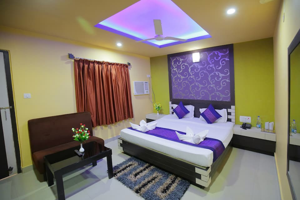 Hotel Pushpa, Sea Beach Road, Hotel Pushpa