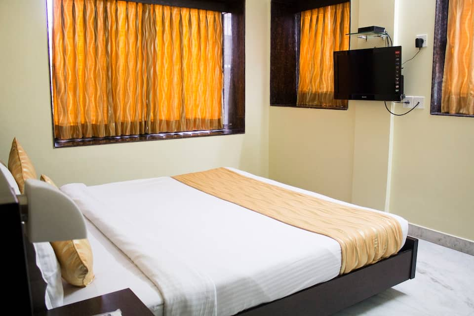 Hotel Arya International, Lala Lajpat Rai Sarani, Fabhotel Arya International Elgin Road