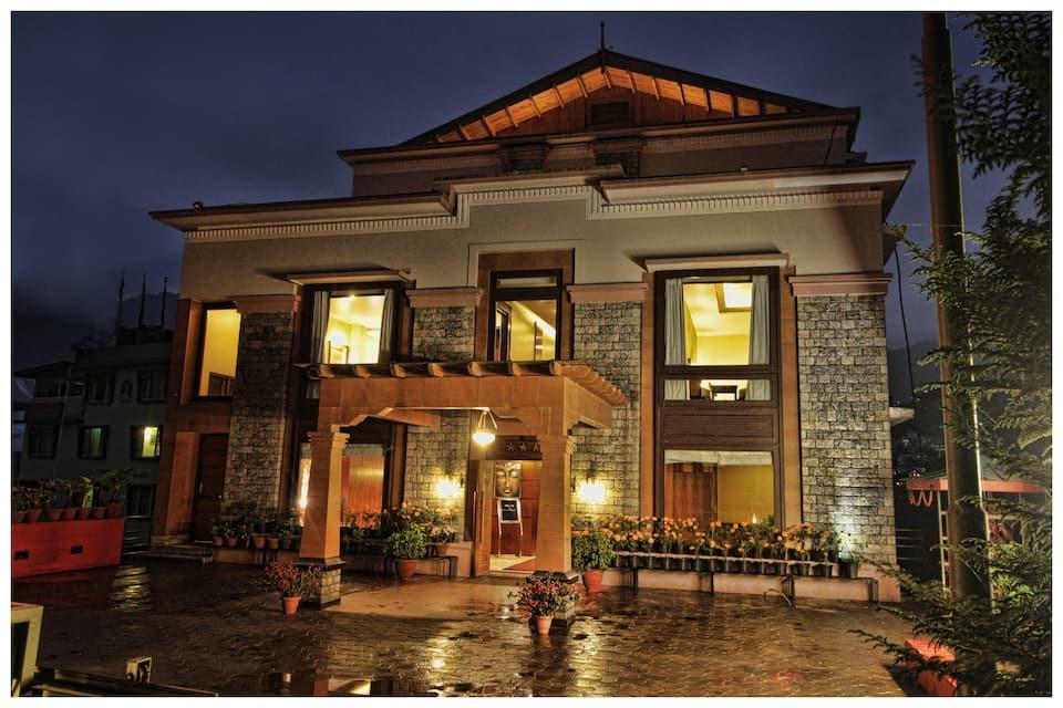 Hotel Suhim Portico, Upper Sichey Road, Hotel Suhim Portico