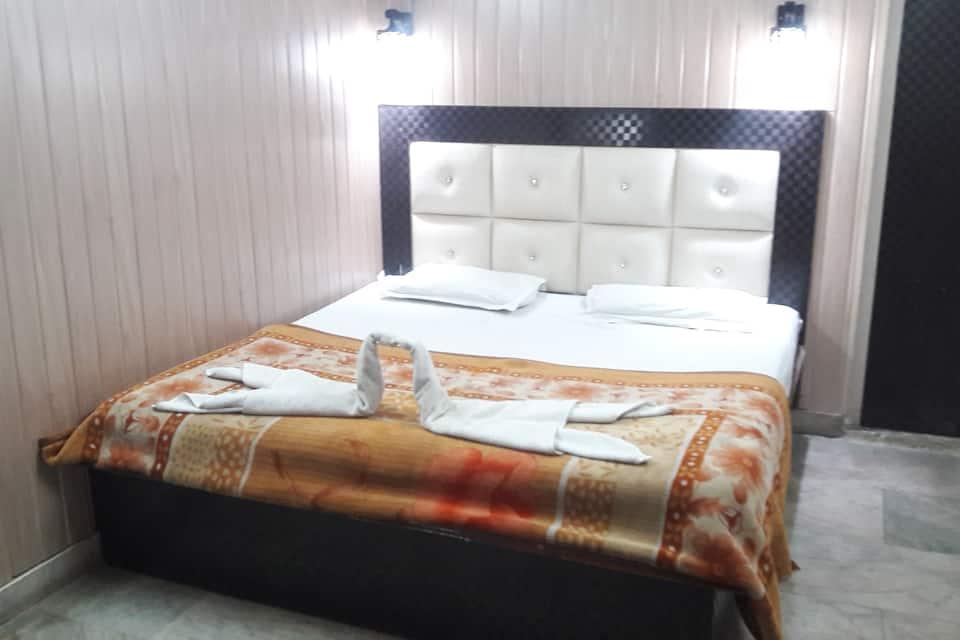 Hotel Shehnaz, Railway Link Road, Hotel Shehnaz
