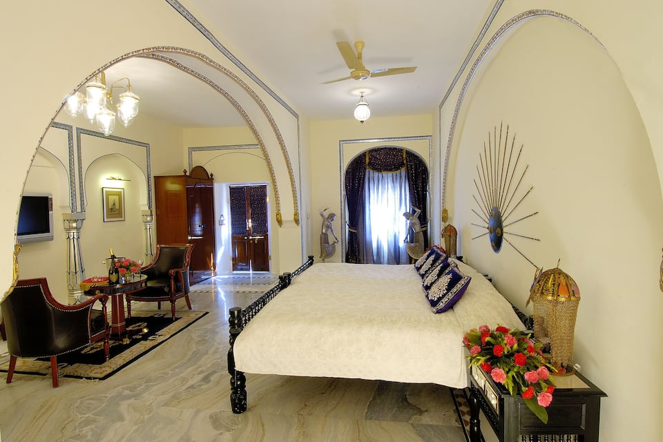 The Raj Palace (Small Luxury Hotels of the World), Amer Road, The Raj Palace (Small Luxury Hotels of the World)
