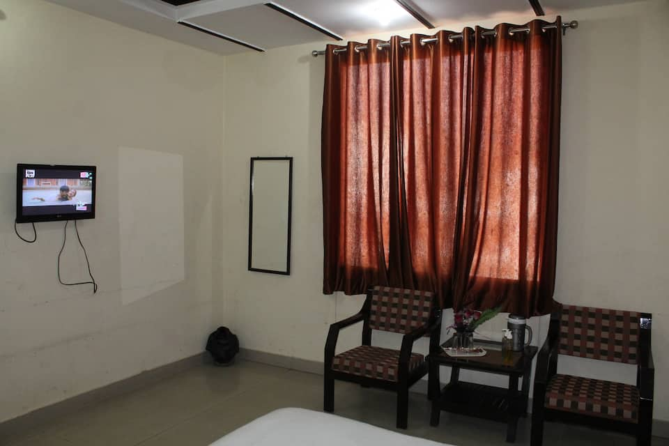 Hotel Aananda, Dudhadhari Chowk, Hotel Aananda
