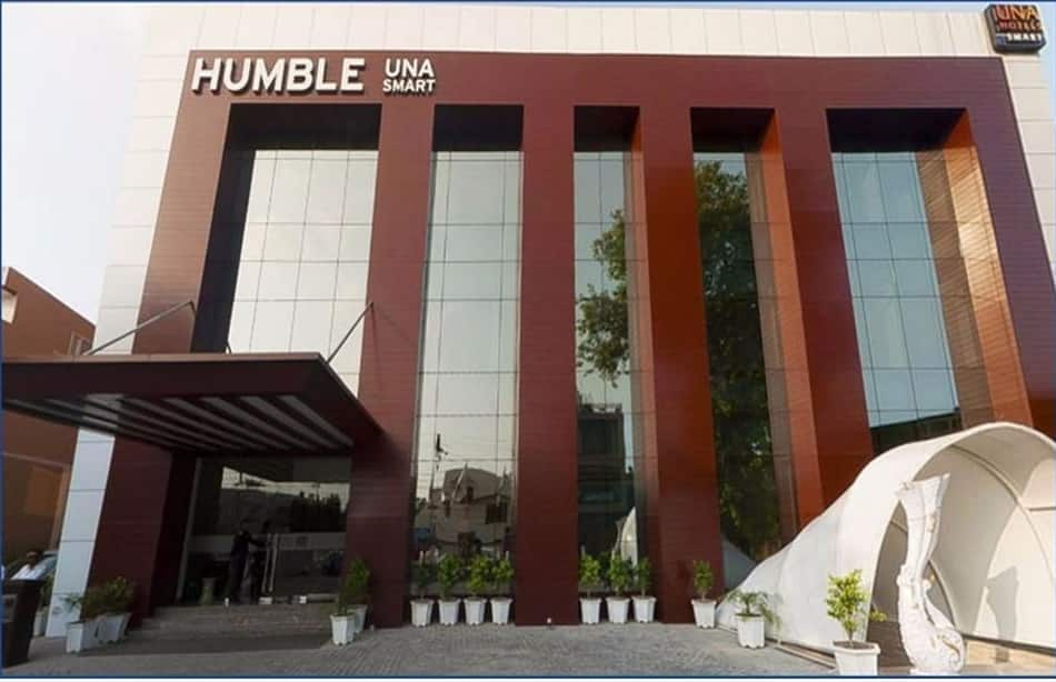 Humble Hotel, Lawrence Road, Humble Hotel
