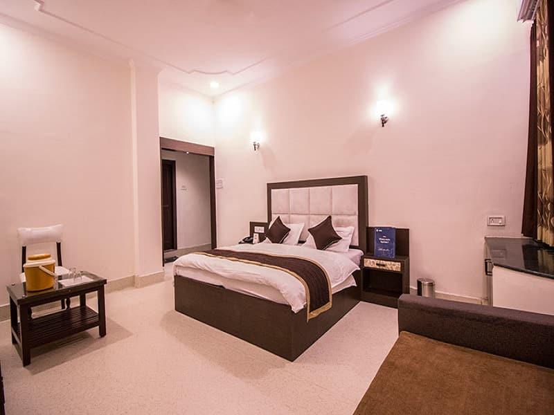 Gulmohar Guest House, Gandhi Road, Gulmohar Guest House