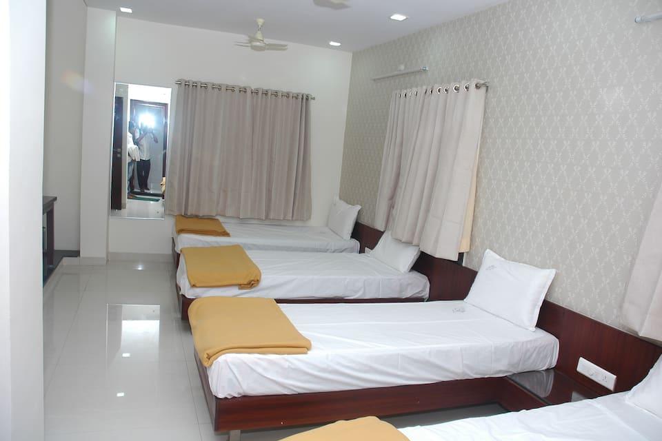 Hotel M, none, Hotel M