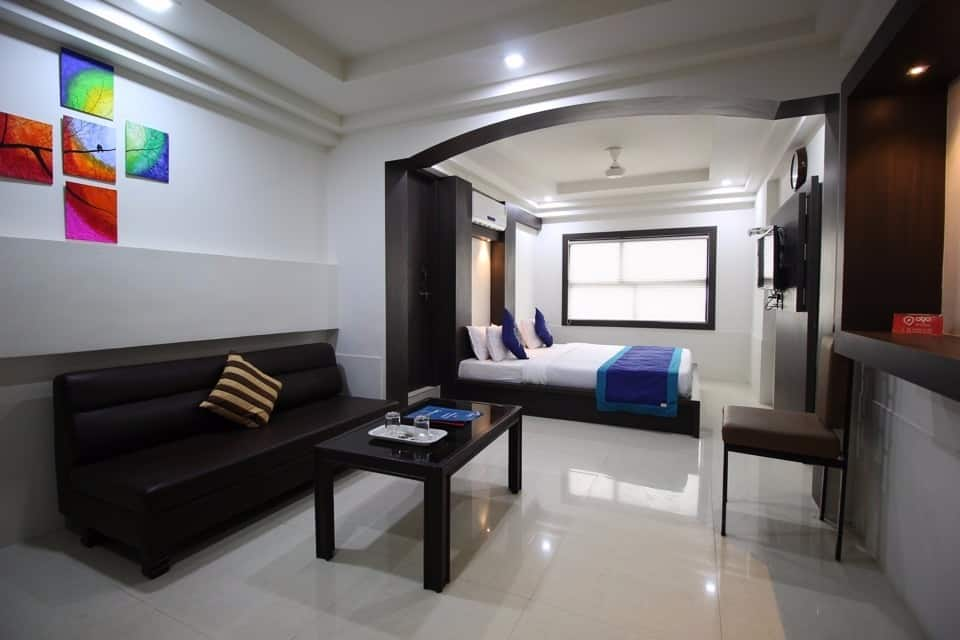 Nova Hotel Cross Road, Yagnik Road, Nova Hotel Cross Road