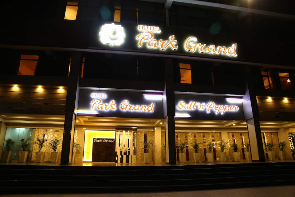 Hotel Park Grand, Sector 43 B, Hotel Park Grand