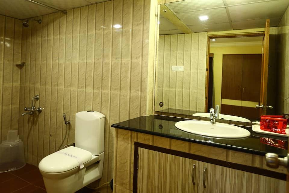Hotel Chennai Gate, Opp Egmore Railway Station, Hotel Chennai Gate