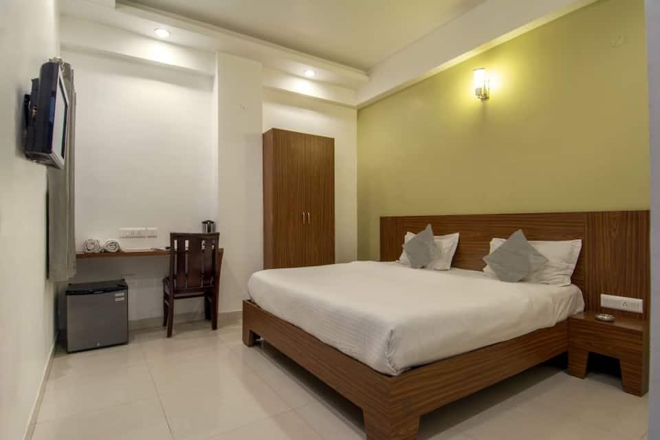 Hotel Metropolitan, Jaipur Sindhi Camp Bus Stand, Hotel Metropolitan