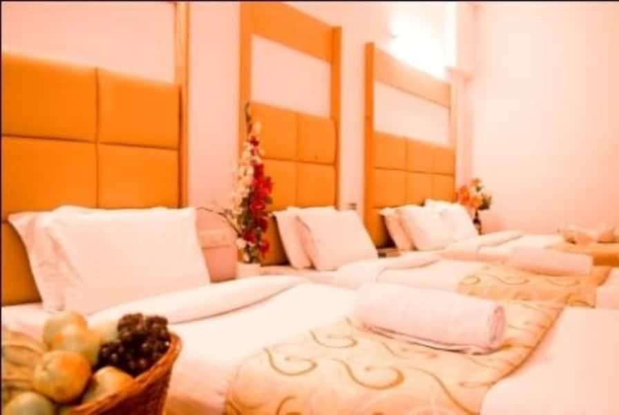 Hotel Rajadhane, K K Nagar, Hotel Rajadhane