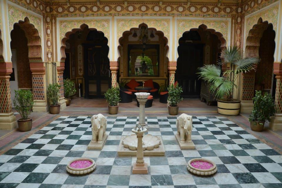 Bissau Palace, Chandpole, Bissau Palace