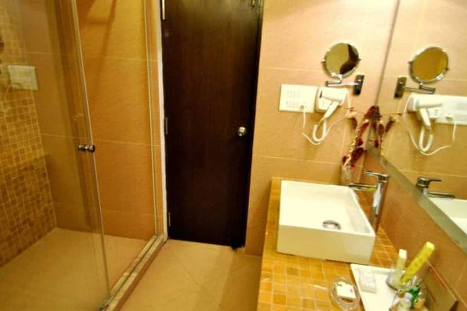 Hotel Aquamarine, Sector 22, Hotel Aquamarine
