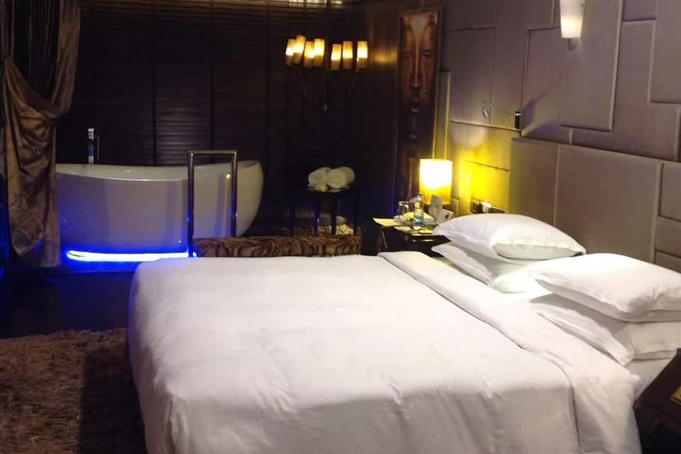 Radisson Blu Hotel MBD, Ferozepur Road, Radisson Blu Hotel MBD