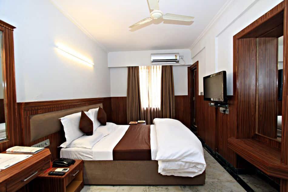 Hotel Empire International (Central Street), M G Road, Hotel Empire International (Central Street)