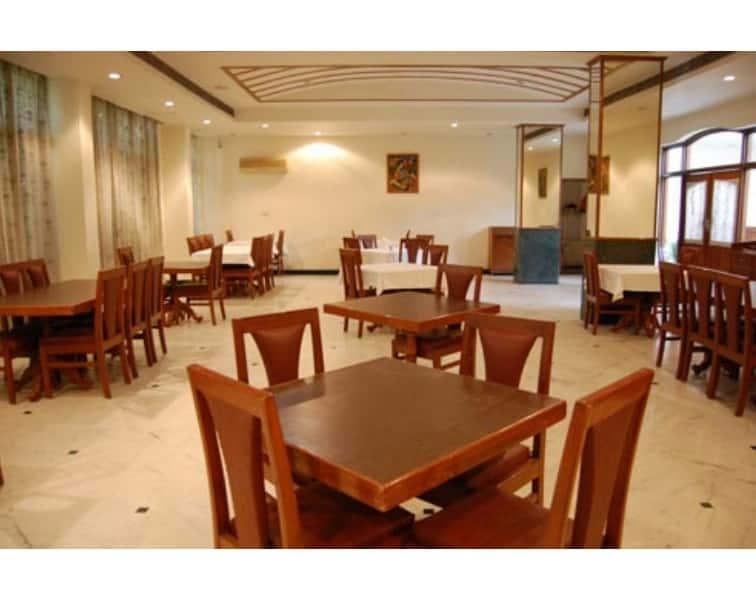 Hotel Sita Manor (Wi Fi Complimentary), Gandhi Road, Hotel Sita Manor (Wi Fi Complimentary)