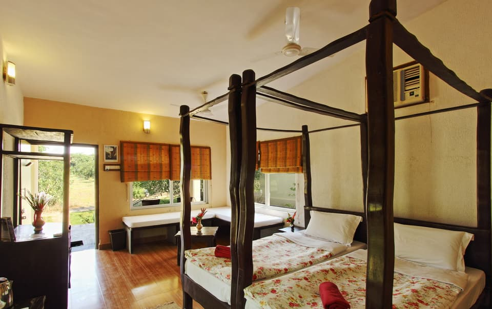 Gir Birding Lodge, Pathanamthitta, Gir Birding Lodge