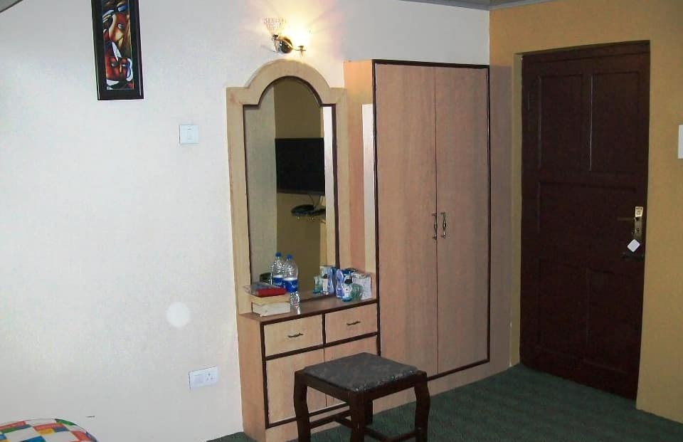 Hotel Aala Residency, Saia Kadal, Hotel Aala Residency