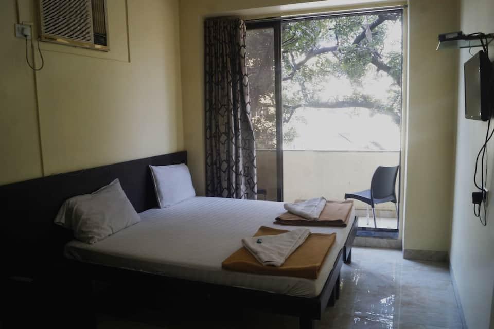 Hotel National, Mumbai Central, Hotel National