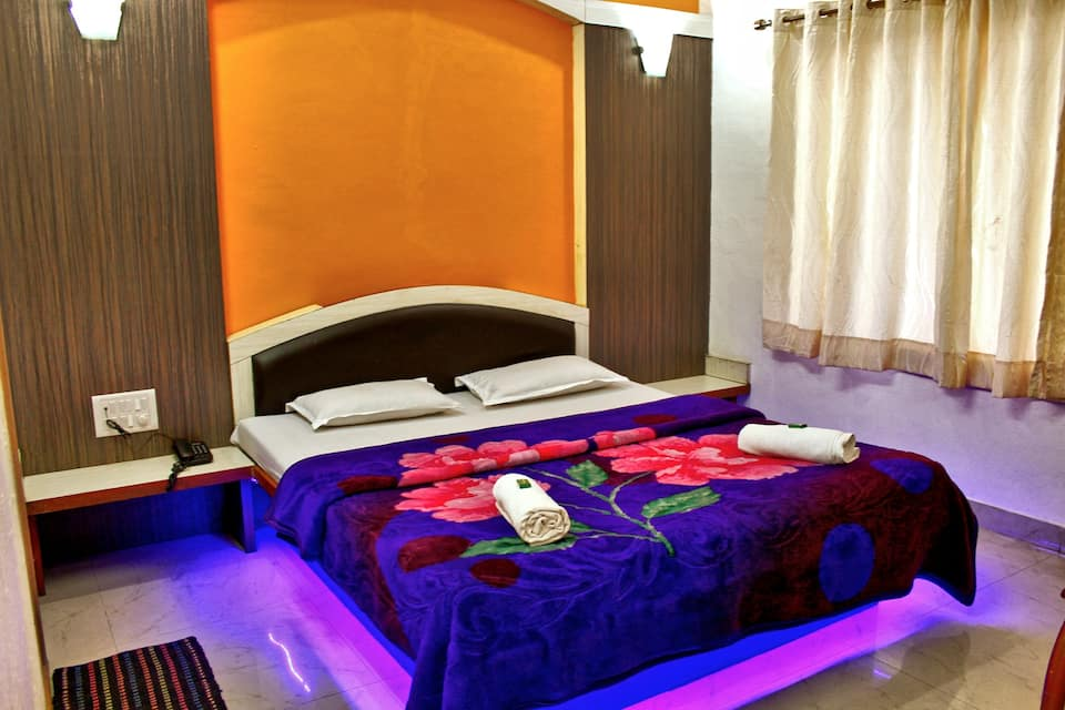 Hotel Vighnaharta Palace, Main Market, Hotel Vighnaharta Palace