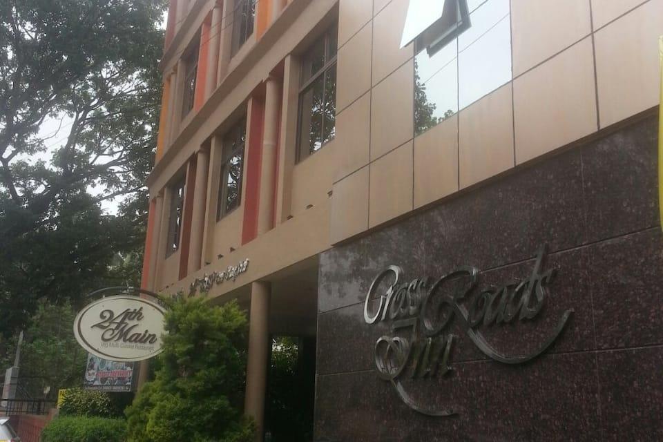 Cross Roads Inn, J P Nagar, Cross Roads Inn