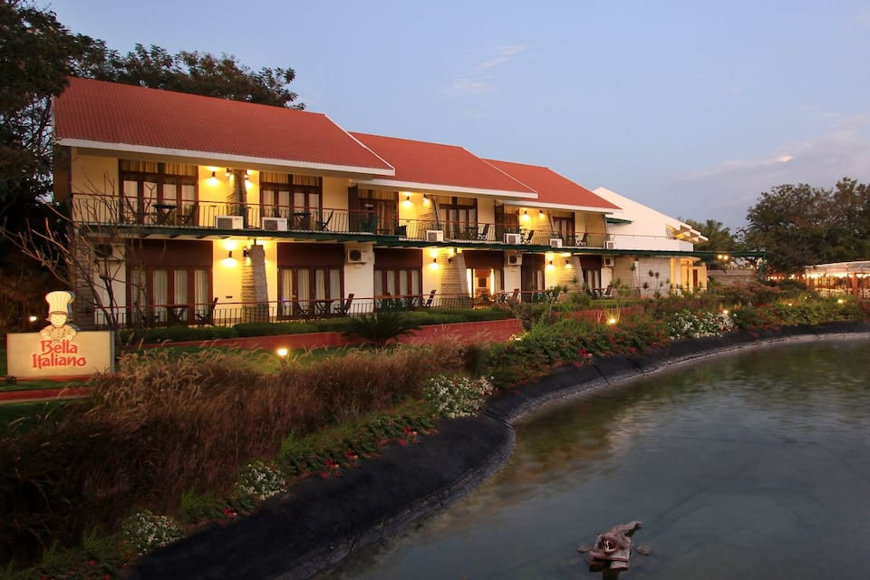 Silent Shores Resort & Spa, Hootagalli, Silent Shores Resort  Spa