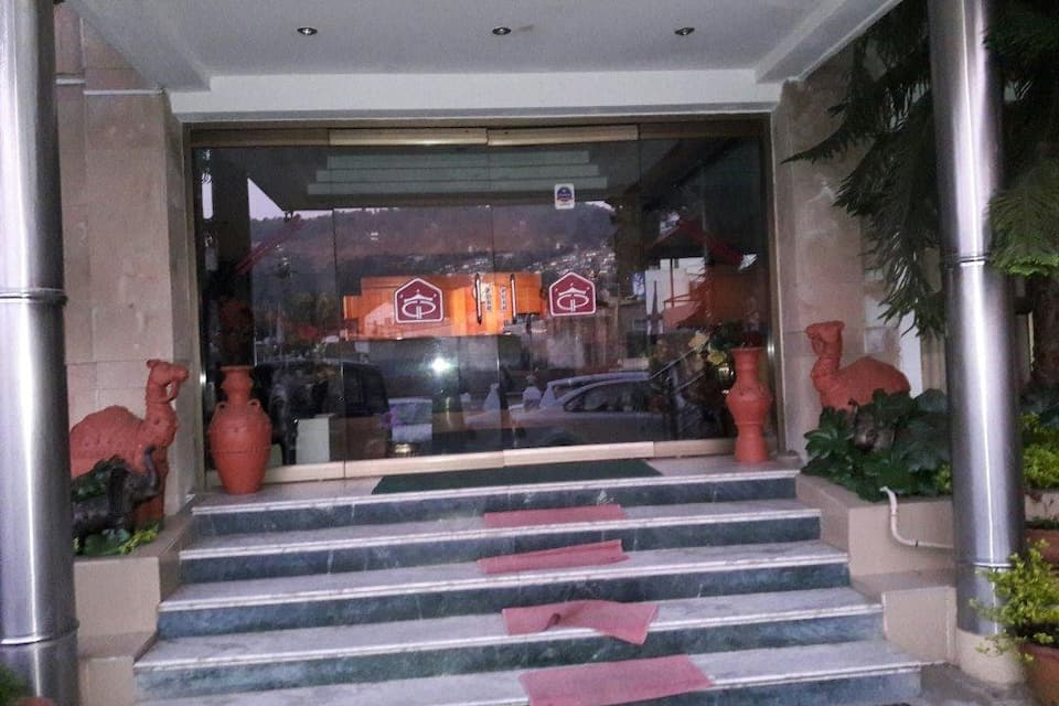 Hotel Grand Palace, Convent Road, Hotel Grand Palace