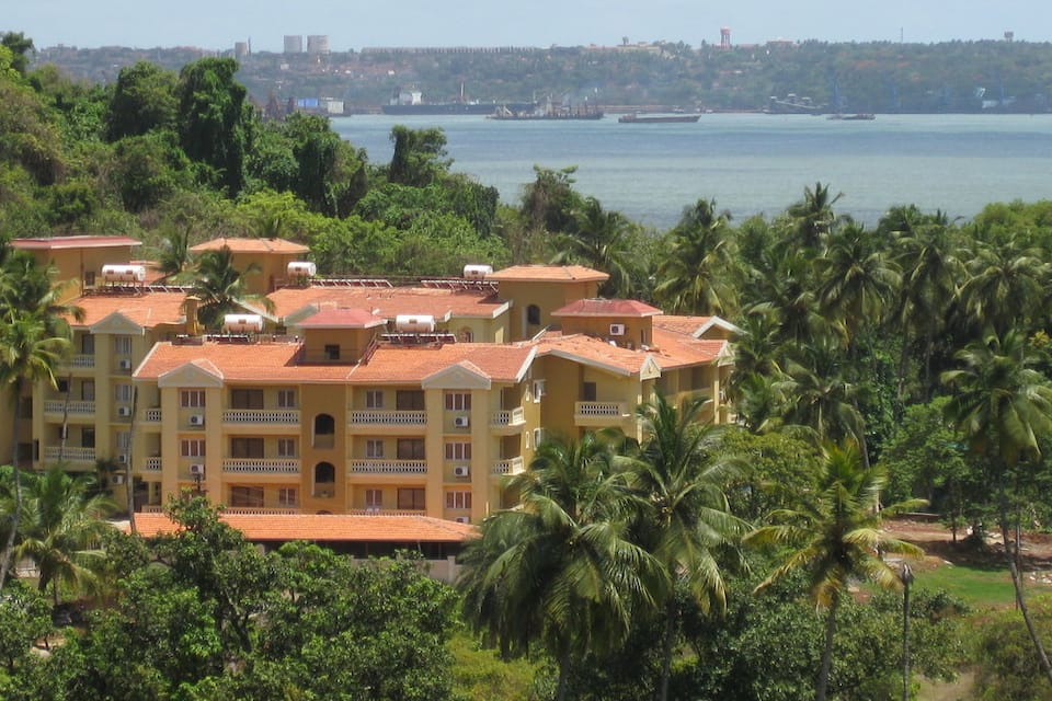Sandalwood Hotel & Retreat, Dona Paula, Sandalwood Hotel  Retreat