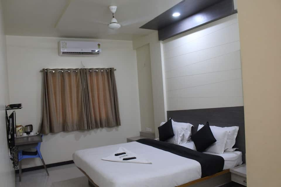 Hotel New Bharti, Station Road, Hotel New Bharti