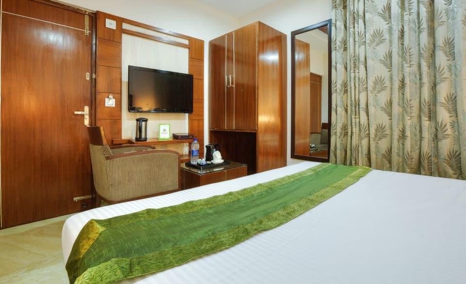 Mint Hotel, Sector 26, Treebo Mint