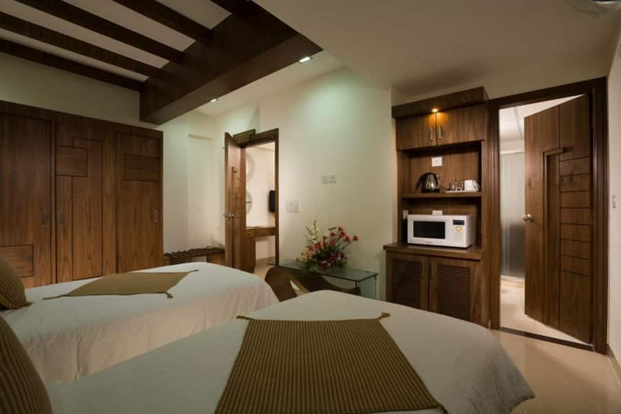 Emerald Suite Double Room with Breakfast