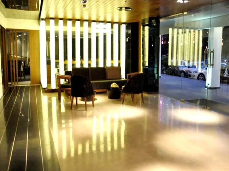 Hotel G K International, Sector 35 B, Hotel G K International