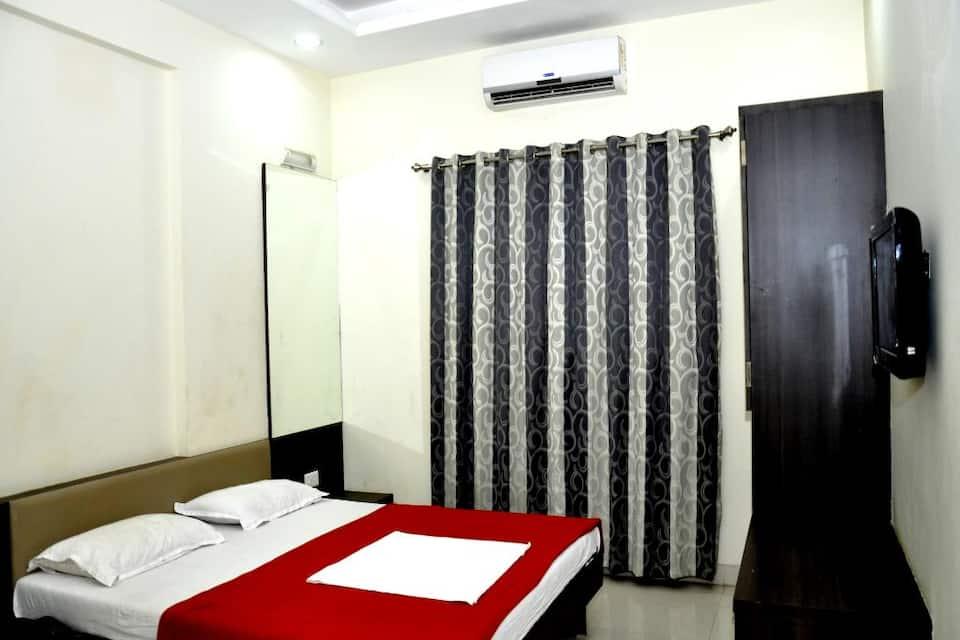 Hotel JK Palace, Near Shirdi Bus Stand, Hotel JK Palace