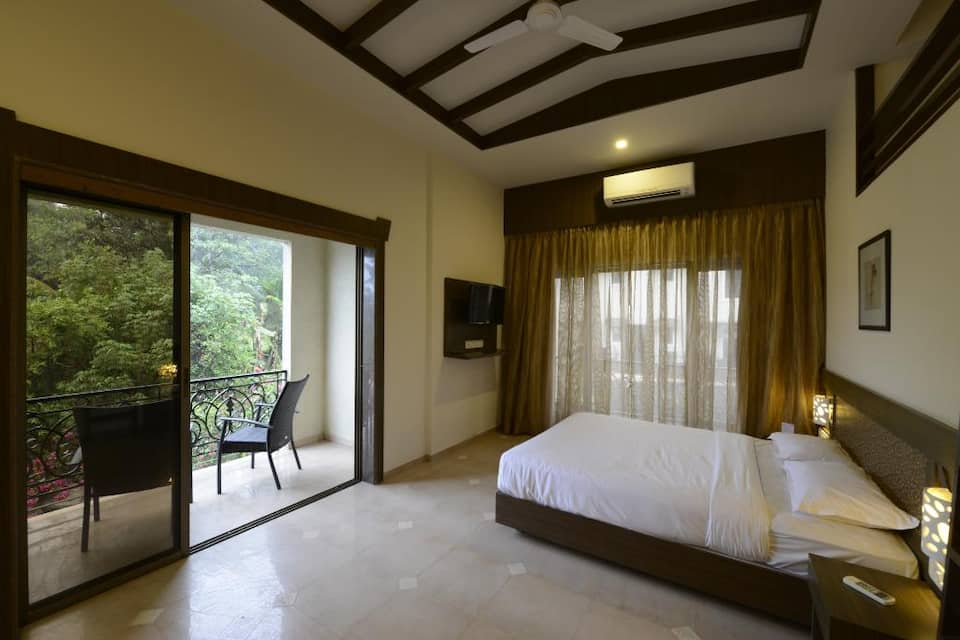 Crystal County Resort, Old Khandala Road, Crystal County Resort