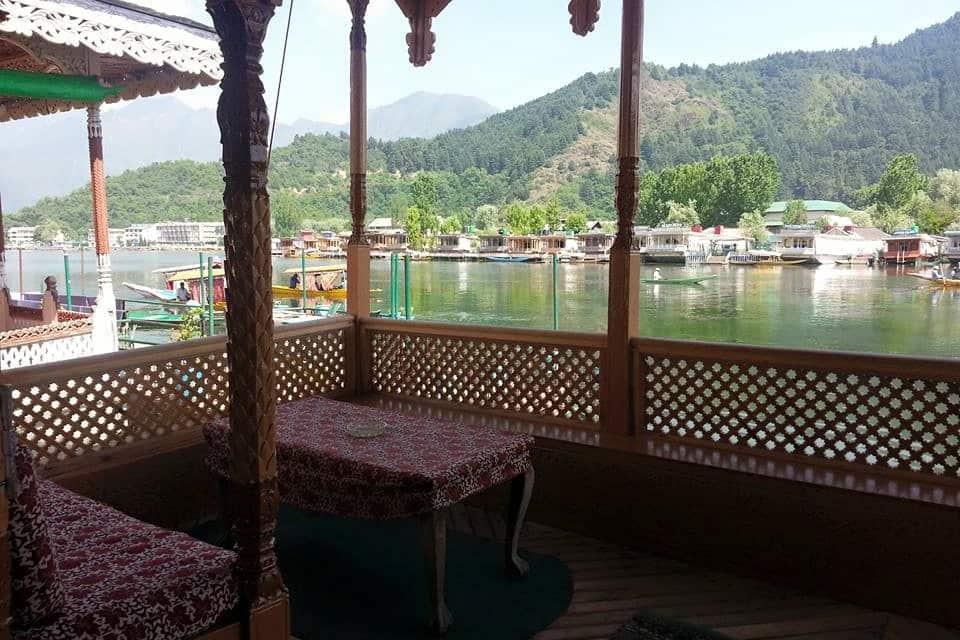 Dastan Houseboat, Dal Lake, Dastan Houseboat