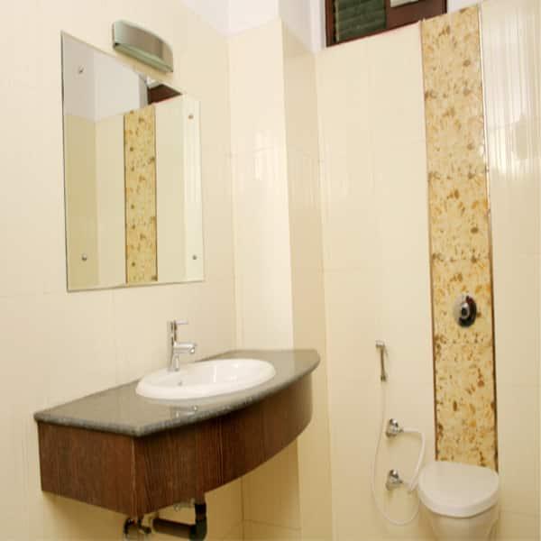 Hotel Jasmine, Sidcul, Hotel Jasmine