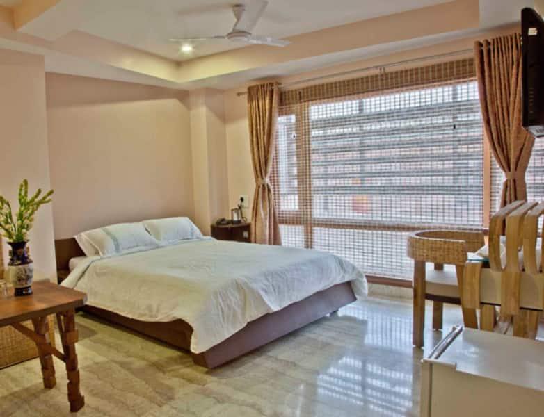 Rains Inn, Paltan Bazar, Rains Inn