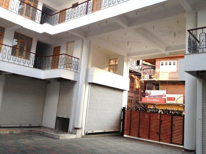 Hotel Posh I Mall, Dal Lake, Hotel Posh I Mall