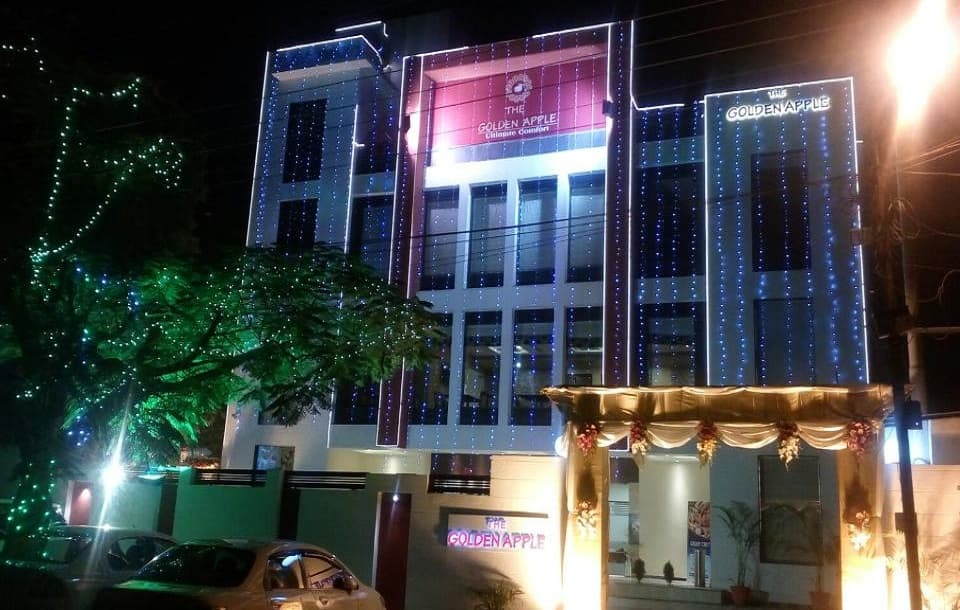 The Golden Apple Hotel, Maha nagar, The Golden Apple Hotel