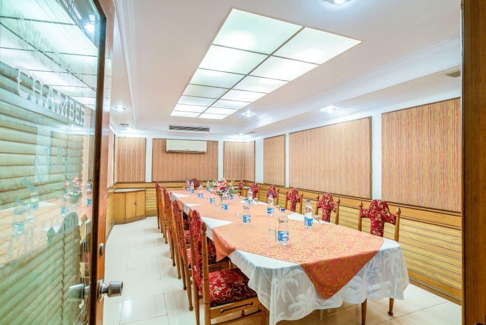 Hotel Kings Kourt, Sayyaji Rao Road, Hotel Kings Kourt
