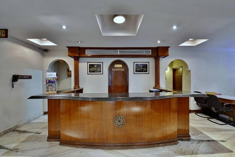 Hotel Surendra Vilas, MP Nagar, Hotel Surendra Vilas