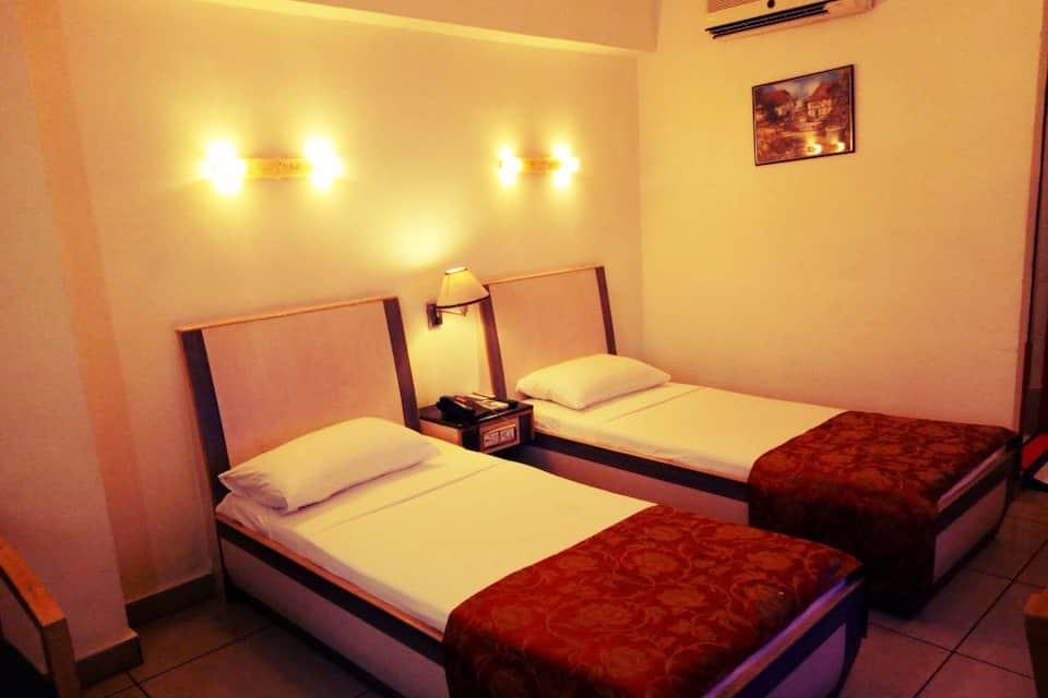 Hotel Komfort Terraces, M G Road, Hotel Komfort Terraces