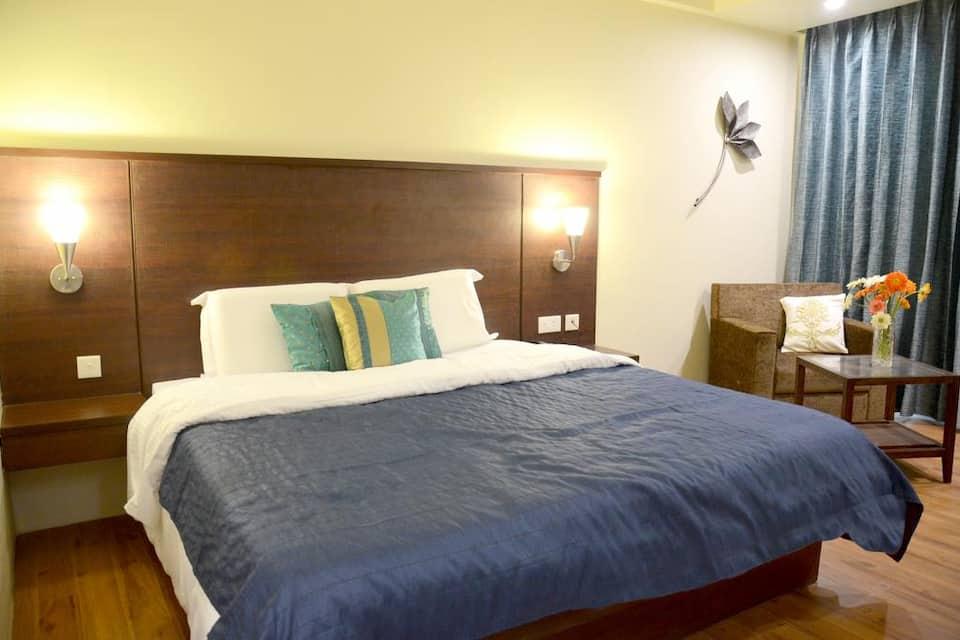 Diamond Hotel, Bhelupura, Diamond Hotel